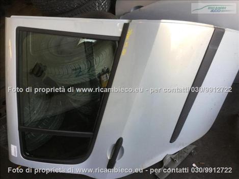 Renault MODUS (04>08<) Porta post.  #1