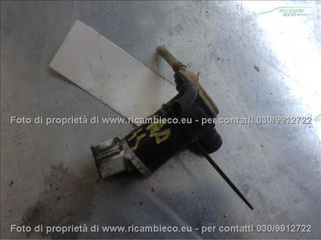 Nissan PRIMERA (96>99<) Pompa tergiparabrezza  #4