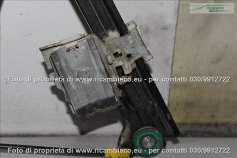 VolksWagen GOLF 3a Serie VARIANT Alzacristallo elettr. porta ant.3-5 P.con central.  #3