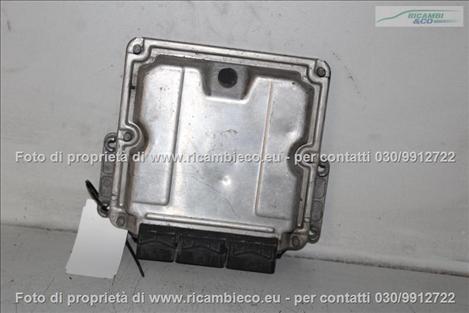 Opel VIVARO (99>06<)(06>13<) Centralina iniezione 1.9 CDTI BOSCH 0281010320 #2