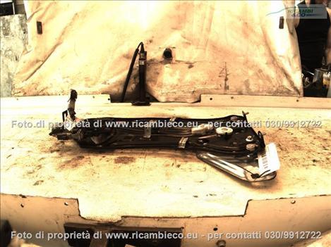 Peugeot 207 (06>09<)(09>15<) Alzacristallo elettrico parafango post.  #2