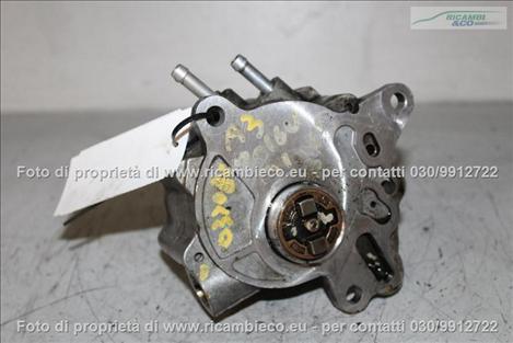 Audi A3 (03>08<)(08>12<) Pompa a vuoto + pompa iniezione 2.0 16V TDI (103kw) (BKD) bosch 03G145209C #2